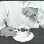 O sabor do chá de cadeira