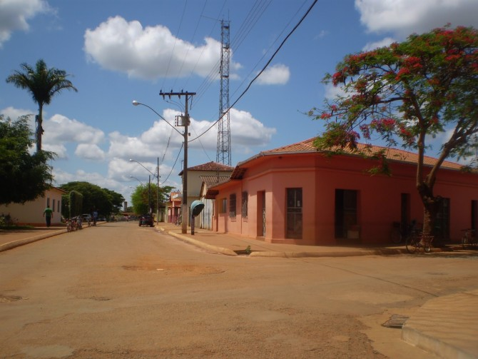 Trégua entre Albert Isaacson e Ibitira