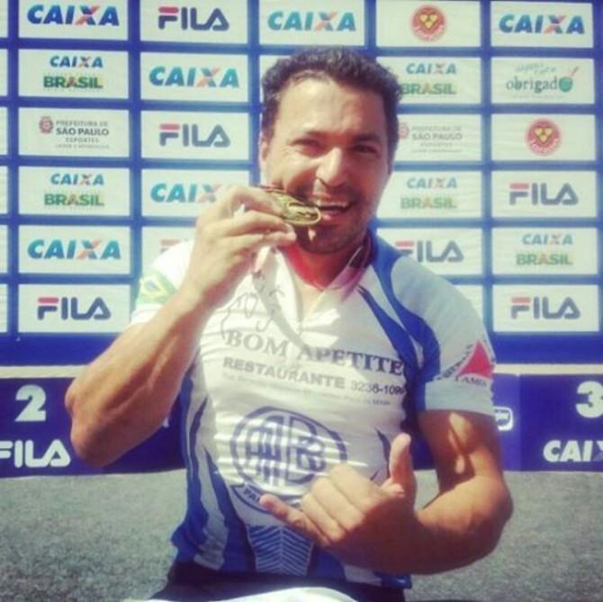 Arquitetos do bem, campeão de paraciclismo em Pará de Minas e muito mais